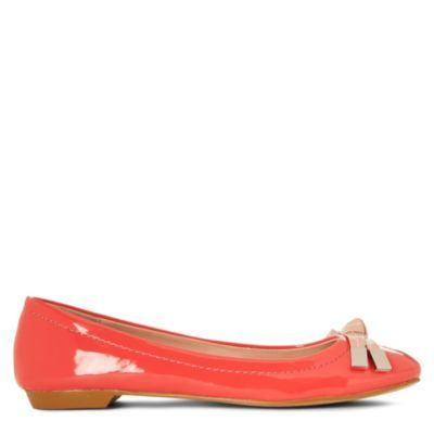 Lindsey Colour Pop Pumps - predominant colour: coral; material: patent; heel height: flat; embellishment: ribbon; toe: round toe; style: ballerinas / pumps; finish: patent