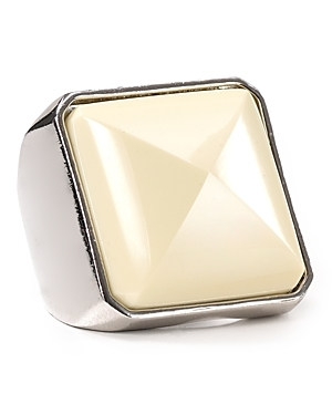 Sportif Stud Ring - predominant colour: ivory; style: cocktail; size: large/oversized; material: chain/metal