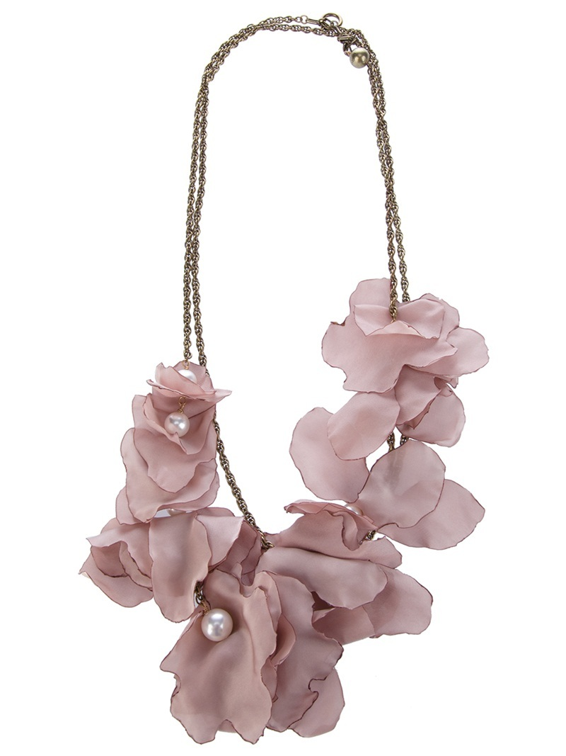 Flower Necklace - predominant colour: blush; style: standard; length: short; size: standard; material: chain/metal