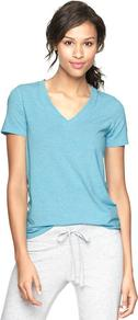 Gapfit Breathe V Neck T - neckline: v-neck; pattern: plain; style: t-shirt; predominant colour: pale blue; occasions: casual, holiday; length: standard; fibres: polyester/polyamide - stretch; fit: body skimming; sleeve length: short sleeve; sleeve style: standard; trends: fluorescent; pattern type: fabric; texture group: jersey - stretchy/drapey
