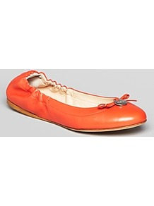 Max Mara Ballet Flats Katanga - predominant colour: bright orange; occasions: casual, work, holiday; material: leather; heel height: flat; toe: round toe; style: ballerinas / pumps; finish: plain; pattern: plain