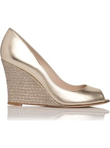 Estela Metallic Leather Peep Toe Wedge Gold Soft Gold - predominant colour: gold; occasions: evening, occasion, holiday; material: leather; heel height: high; heel: wedge; toe: open toe/peeptoe; style: courts; trends: metallics; finish: metallic; pattern: plain