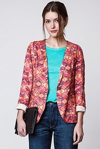 Andie Printed Blazer - style: single breasted blazer; collar: shawl/waterfall; predominant colour: coral; occasions: casual, evening, work; length: standard; fit: straight cut (boxy); fibres: polyester/polyamide - 100%; sleeve length: 3/4 length; sleeve style: standard; collar break: low/open; pattern type: fabric; pattern size: small &amp; busy; pattern: patterned/print; texture group: other - light to midweight