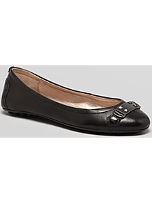 Ballet Flats Madison - predominant colour: black; occasions: casual, work; material: leather; heel height: flat; embellishment: studs; toe: round toe; style: ballerinas / pumps; finish: plain; pattern: plain