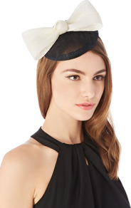 Mono Bow Hatinator - occasions: occasion; type of pattern: standard; style: fascinator; size: small; material: sinamay; embellishment: bow; predominant colour: monochrome; pattern: colourblock