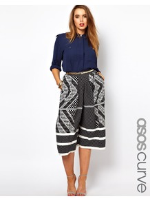 Curve Exclusive Culotte In Domino Print - style: shorts; waist: high rise; pocket detail: pockets at the sides; predominant colour: charcoal; occasions: casual, occasion; length: on the knee; fibres: polyester/polyamide - 100%; trends: statement prints; fit: baggy; pattern type: fabric; pattern size: standard; pattern: patterned/print; texture group: other - light to midweight