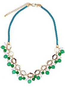 Green Agate Necklace - predominant colour: emerald green; occasions: evening, occasion, holiday; style: standard; length: mid; size: large/oversized; material: chain/metal; finish: plain; embellishment: jewels