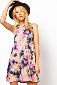 Smock Dress In Tie Dye Print - style: smock; length: mid thigh; neckline: round neck; fit: empire; sleeve style: sleeveless; pattern: tie dye; occasions: casual, holiday; fibres: polyester/polyamide - stretch; hip detail: soft pleats at hip/draping at hip/flared at hip; predominant colour: multicoloured; sleeve length: sleeveless; trends: statement prints; pattern type: fabric; pattern size: big & busy; texture group: jersey - stretchy/drapey