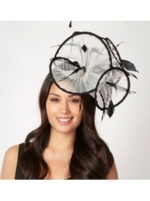Designer White Pleated Ruffle Fascinator - predominant colour: white; secondary colour: black; occasions: evening, occasion; type of pattern: small; style: fascinator; size: large; material: macrame/raffia/straw; embellishment: feather; pattern: colourblock