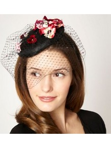 Designer Black Flower And Gem Fascinator - secondary colour: hot pink; predominant colour: black; occasions: evening, occasion; type of pattern: large; style: fascinator; size: small; material: macrame/raffia/straw; pattern: florals; embellishment: corsage