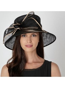 Black Ribbon Edge Bow Hat - secondary colour: nude; predominant colour: black; occasions: occasion; type of pattern: light; style: wide brimmed; size: large; material: sinamay; embellishment: bow; pattern: plain