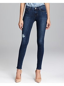 Jeans 620 Mid Rise Super Skinny In Quantum - style: skinny leg; pattern: plain; pocket detail: traditional 5 pocket; waist: mid/regular rise; predominant colour: navy; occasions: casual; length: ankle length; fibres: cotton - stretch; jeans detail: shading down centre of thigh, dark wash, washed/faded; texture group: denim; pattern type: fabric