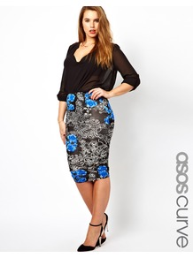 Curve Pencil Skirt In Floral Print - length: below the knee; style: pencil; fit: body skimming; waist detail: elasticated waist; waist: mid/regular rise; secondary colour: royal blue; predominant colour: black; occasions: casual, evening; fibres: viscose/rayon - stretch; texture group: jersey - clingy; trends: high impact florals; pattern type: fabric; pattern size: big &amp; busy; pattern: florals