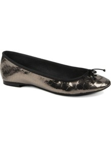 Lourdes Leather Pumps - predominant colour: black; occasions: casual, evening, work, holiday; material: leather; heel height: flat; toe: round toe; style: ballerinas / pumps; trends: metallics; finish: patent; pattern: plain