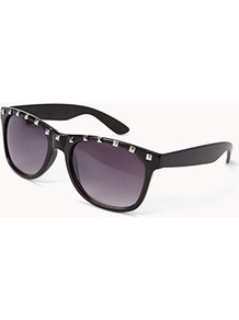 F5021 Studded Wayfarer Sunglasses - predominant colour: black; occasions: casual, holiday; style: d frame; size: large; material: plastic/rubber; embellishment: studs; pattern: plain; finish: plain