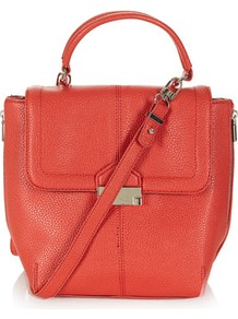 Sac BandouliÈre À Fermoir Clip - predominant colour: coral; occasions: casual, work; style: shoulder; length: across body/long; size: standard; material: faux leather; embellishment: zips; pattern: plain; finish: plain