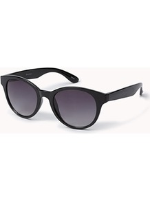 F7701 Cat Eye Sunglasses - predominant colour: black; occasions: casual, holiday; style: cateye; size: standard; material: plastic/rubber; pattern: plain; finish: plain