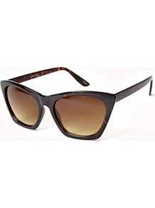 F4792 Square Cat Eye Sunglasses - predominant colour: chocolate brown; occasions: casual, holiday; style: cateye; size: standard; material: plastic/rubber; pattern: tortoiseshell; finish: plain
