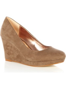 Wedge Shoe, Camel - predominant colour: taupe; occasions: casual, evening, work; material: faux leather; heel height: high; heel: wedge; toe: round toe; style: courts; finish: plain; pattern: plain