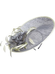 Zinc And Apple Hatinator - secondary colour: pistachio; predominant colour: mid grey; occasions: evening, occasion; type of pattern: light; style: fascinator; size: standard; material: macrame/raffia/straw; embellishment: feather; pattern: plain