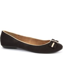 Black Cream Trim Ballet Pumps - secondary colour: white; predominant colour: black; occasions: casual, work; material: faux leather; heel height: flat; toe: round toe; style: ballerinas / pumps; finish: plain; pattern: plain; embellishment: bow