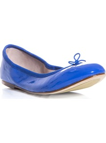 Patent Leather Flats - predominant colour: royal blue; occasions: casual, holiday; material: leather; heel height: flat; toe: round toe; style: ballerinas / pumps; trends: fluorescent; finish: patent; pattern: plain; embellishment: bow