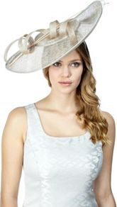 Oyster Saucer Fascinator - predominant colour: ivory; occasions: evening, occasion; type of pattern: small; style: fascinator; size: large; material: macrame/raffia/straw; pattern: plain; trends: sculptural frills