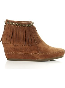 Squaw Camel Boot - predominant colour: tan; occasions: casual, evening; material: suede; heel height: mid; heel: wedge; toe: round toe; boot length: ankle boot; style: standard; finish: plain; pattern: plain; embellishment: fringing