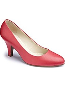 Court Shoes Eeeee Fit - predominant colour: true red; occasions: evening, work, occasion; material: leather; heel height: mid; heel: kitten; toe: round toe; style: courts; finish: plain; pattern: plain