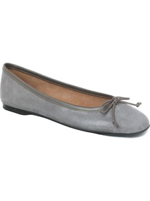 Prior Ballerina, Neutral - predominant colour: mid grey; occasions: casual, work; material: leather; heel height: flat; toe: pointed toe; style: ballerinas / pumps; finish: plain; pattern: animal print, plain; embellishment: bow