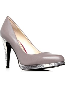 Rocha - predominant colour: light grey; occasions: evening, work, occasion; material: leather; heel height: high; heel: platform; toe: round toe; style: courts; trends: metallics; finish: plain; pattern: two-tone