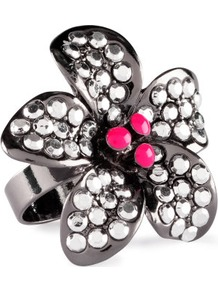 Ring - predominant colour: silver; occasions: evening, work, occasion, holiday; style: cocktail; size: large/oversized; material: chain/metal; trends: metallics; finish: metallic; embellishment: crystals