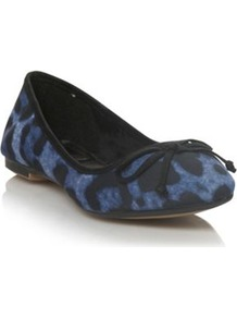 Blue Leopard Spotted Pointed Toe Pumps - predominant colour: royal blue; secondary colour: black; occasions: casual, work; material: fabric; heel height: flat; toe: round toe; style: ballerinas / pumps; finish: plain; pattern: animal print