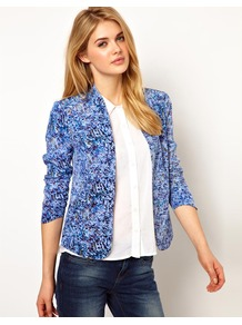 Printed Clean Blazer - style: single breasted blazer; collar: standard lapel/rever collar; predominant colour: royal blue; occasions: casual, evening, work; length: standard; fit: straight cut (boxy); fibres: silk - 100%; sleeve length: long sleeve; sleeve style: standard; texture group: silky - light; trends: statement prints; collar break: low/open; pattern type: fabric; pattern size: small & busy; pattern: florals, patterned/print
