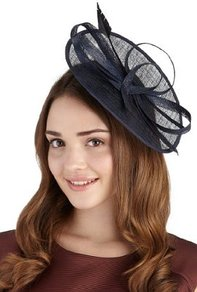 Painters Palette Mesh Headband - predominant colour: navy; occasions: evening, occasion; type of pattern: standard; style: fascinator; size: large; material: macrame/raffia/straw; embellishment: bow; pattern: plain; trends: sculptural frills
