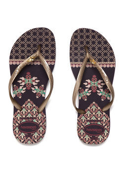 Slim Royal - predominant colour: gold; occasions: casual, holiday; material: plastic/rubber; heel height: flat; heel: standard; toe: toe thongs; style: flip flops; trends: statement prints, metallics; finish: plain; pattern: plain; season: s/s 2013