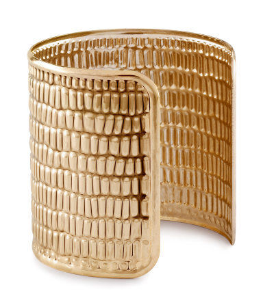 Bracelet - predominant colour: gold; occasions: evening, work, occasion, holiday; style: cuff; size: large/oversized; material: chain/metal; trends: metallics; finish: metallic; embellishment: chain/metal; season: s/s 2013