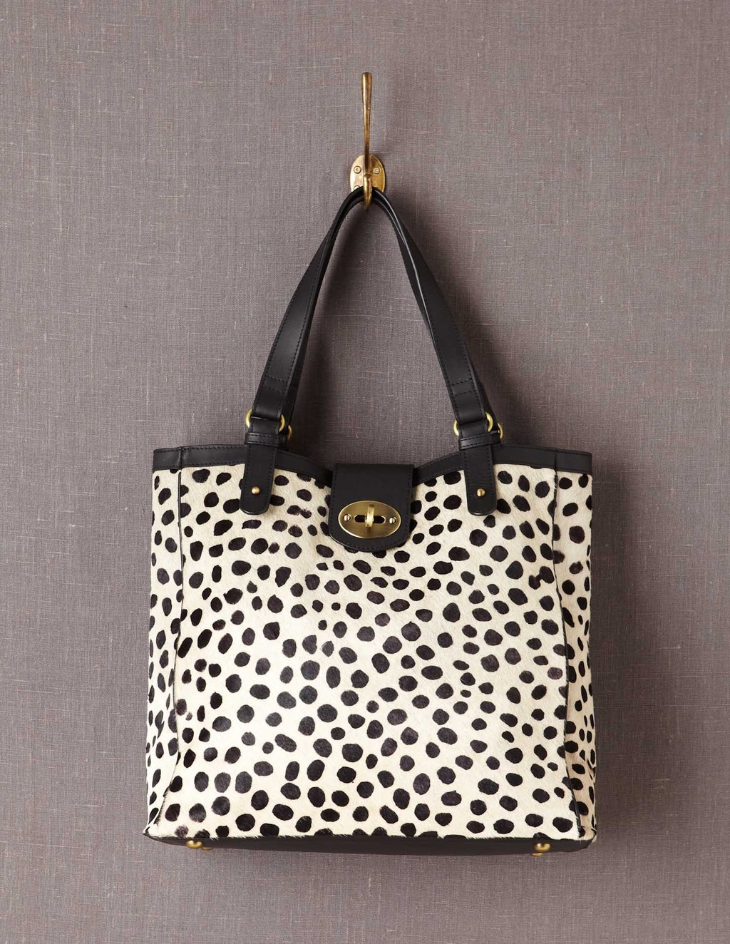 Chelsea Bag - secondary colour: black; occasions: casual, work; type of pattern: standard; style: tote; length: handle; size: standard; material: leather; pattern: animal print; predominant colour: monochrome; finish: plain; season: a/w 2013