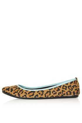 Tricks Leopard Ballets - predominant colour: tan; secondary colour: black; occasions: casual; material: fabric; heel height: flat; toe: round toe; style: ballerinas / pumps; finish: plain; pattern: animal print; trends: gorgeous grunge; season: s/s 2013