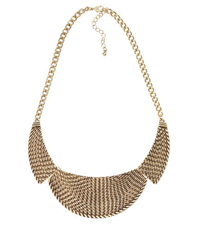 Short Necklace - predominant colour: gold; occasions: casual, evening, work, occasion, holiday; length: short; size: large/oversized; material: chain/metal; finish: plain; style: bib/statement; season: s/s 2013