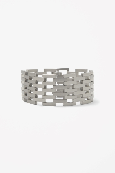 Link Bracelet - predominant colour: silver; occasions: casual, evening, work; style: cuff; size: large/oversized; material: chain/metal; finish: metallic; season: s/s 2013