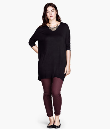 + Tunic - neckline: round neck; pattern: plain; length: below the bottom; style: tunic; predominant colour: black; occasions: casual, evening; fibres: viscose/rayon - stretch; fit: loose; sleeve length: 3/4 length; sleeve style: standard; pattern type: fabric; texture group: jersey - stretchy/drapey; season: a/w 2013