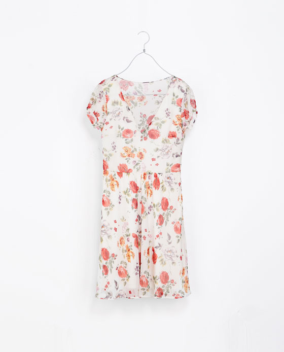 Floral Print Dress - style: tea dress; length: mid thigh; neckline: v-neck; occasions: casual, evening, holiday, creative work; fit: fitted at waist & bust; fibres: polyester/polyamide - 100%; predominant colour: multicoloured; sleeve length: short sleeve; sleeve style: standard; texture group: sheer fabrics/chiffon/organza etc.; pattern type: fabric; pattern size: standard; pattern: florals; season: a/w 2013; multicoloured: multicoloured