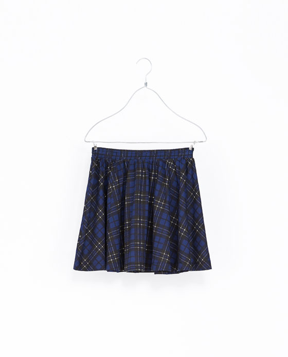 Floral Print Skirt - length: mid thigh; pattern: checked/gingham; style: full/prom skirt; fit: loose/voluminous; waist: mid/regular rise; predominant colour: navy; occasions: casual, evening, creative work; fibres: cotton - 100%; texture group: cotton feel fabrics; pattern type: fabric; trends: gorgeous grunge; season: a/w 2013; pattern size: big & busy (bottom)