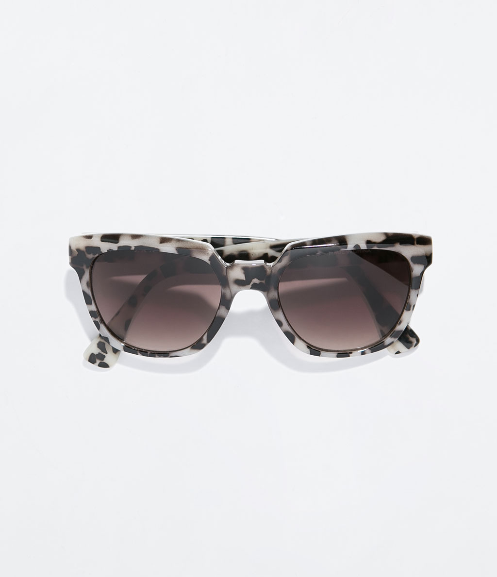 Tortoiseshell Pattern Sunglasses - predominant colour: ivory/cream; secondary colour: chocolate brown; occasions: casual, holiday; style: d frame; size: large; material: plastic/rubber; pattern: tortoiseshell; finish: plain; season: s/s 2014