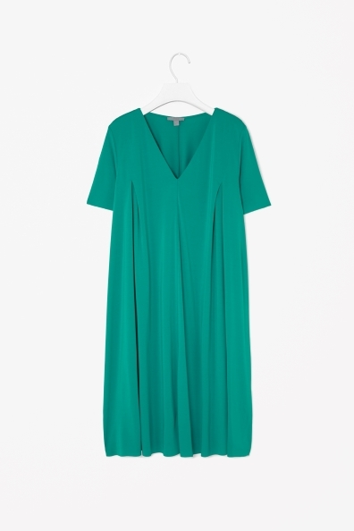 Dress With V Neckline - style: trapeze; neckline: low v-neck; fit: loose; pattern: plain; predominant colour: emerald green; occasions: casual; length: just above the knee; sleeve length: short sleeve; sleeve style: standard; pattern type: fabric; texture group: jersey - stretchy/drapey; fibres: viscose/rayon - mix; trends: hot brights; season: s/s 2014