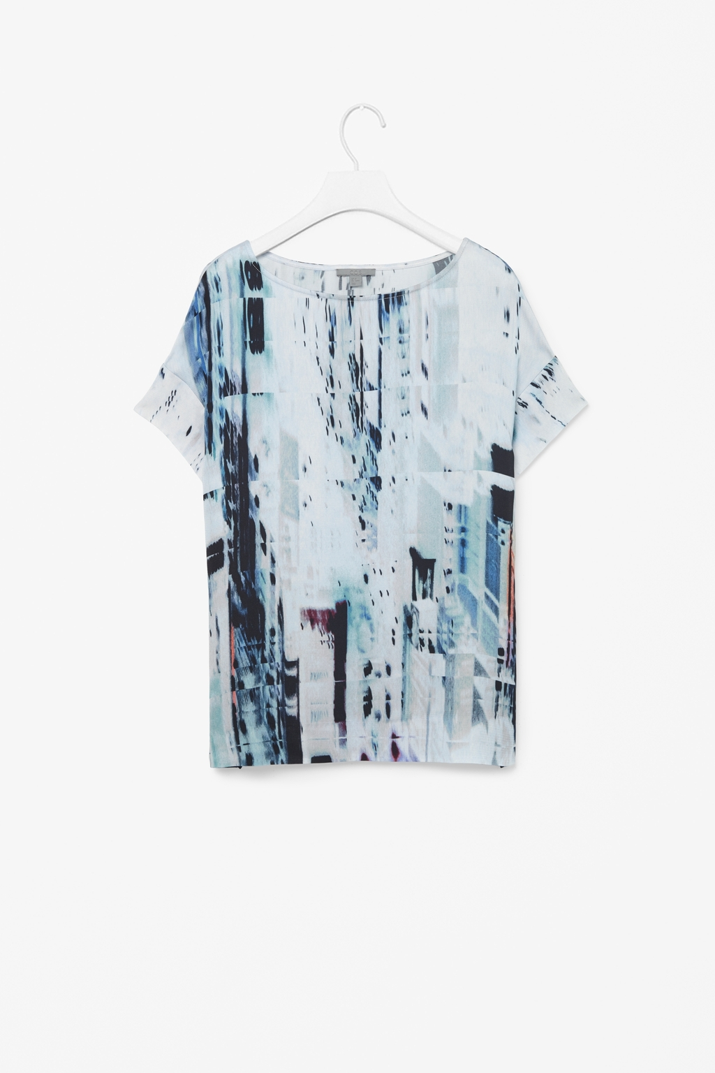 Graphic Print Top - neckline: round neck; length: below the bottom; predominant colour: pale blue; occasions: casual, creative work; style: top; fibres: viscose/rayon - 100%; fit: straight cut; sleeve length: short sleeve; sleeve style: standard; texture group: crepes; pattern type: fabric; pattern: patterned/print; season: s/s 2014; pattern size: big & busy (top)