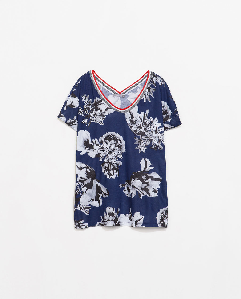 Printed T Shirt - style: t-shirt; secondary colour: white; predominant colour: navy; occasions: casual, creative work; length: standard; neckline: scoop; fibres: cotton - 100%; fit: loose; sleeve length: short sleeve; sleeve style: standard; pattern type: fabric; pattern: florals; texture group: jersey - stretchy/drapey; season: s/s 2014; pattern size: big & busy (top)