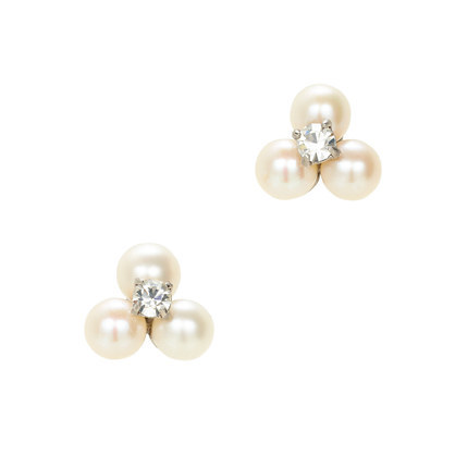 Freshwater Pearl Clover Earrings - predominant colour: ivory/cream; occasions: evening, occasion; style: stud; length: short; size: small/fine; material: chain/metal; fastening: pierced; finish: plain; embellishment: pearls; season: s/s 2014