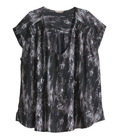 + Sleeveless Blouse - neckline: v-neck; sleeve style: capped; secondary colour: light grey; predominant colour: black; occasions: casual; length: standard; style: top; fibres: polyester/polyamide - 100%; fit: loose; sleeve length: short sleeve; pattern type: fabric; pattern size: standard; pattern: patterned/print; texture group: woven light midweight; season: s/s 2014